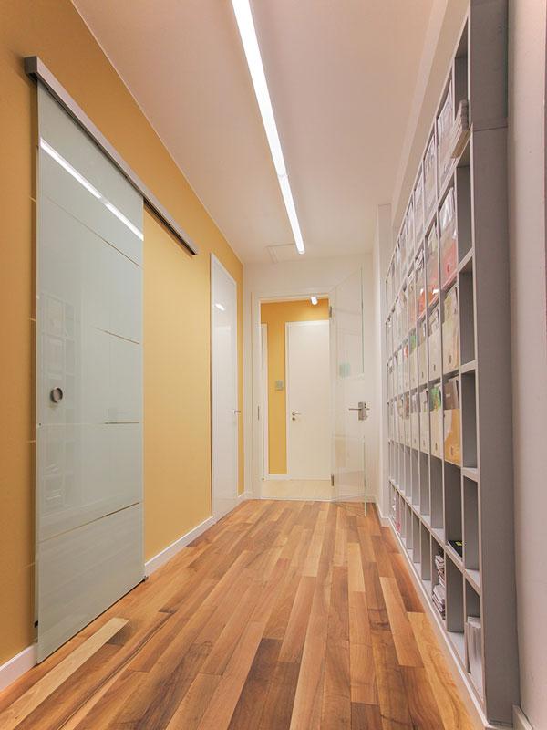 impressionen von becher in frankfurt am main holzhandel becher. Black Bedroom Furniture Sets. Home Design Ideas