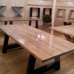 BECHER Blieskastel Massivholztisch mit schwarzen Beinen